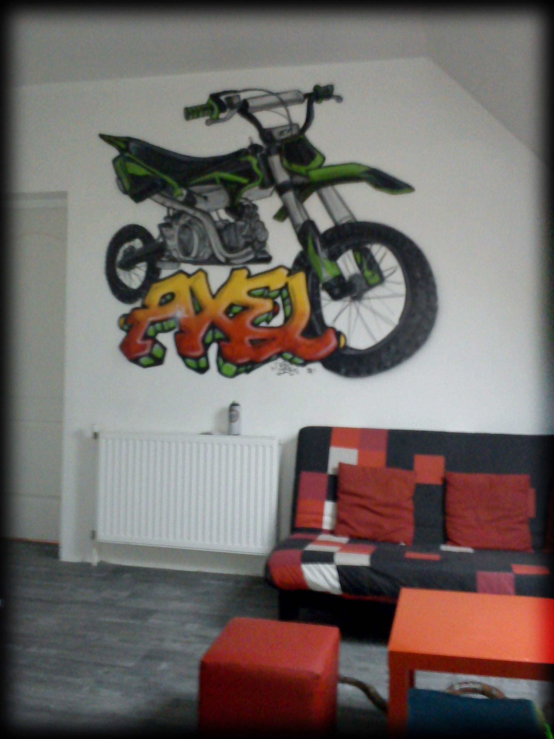 geograffeur-moto-cross-prenom-chambre-graffiti