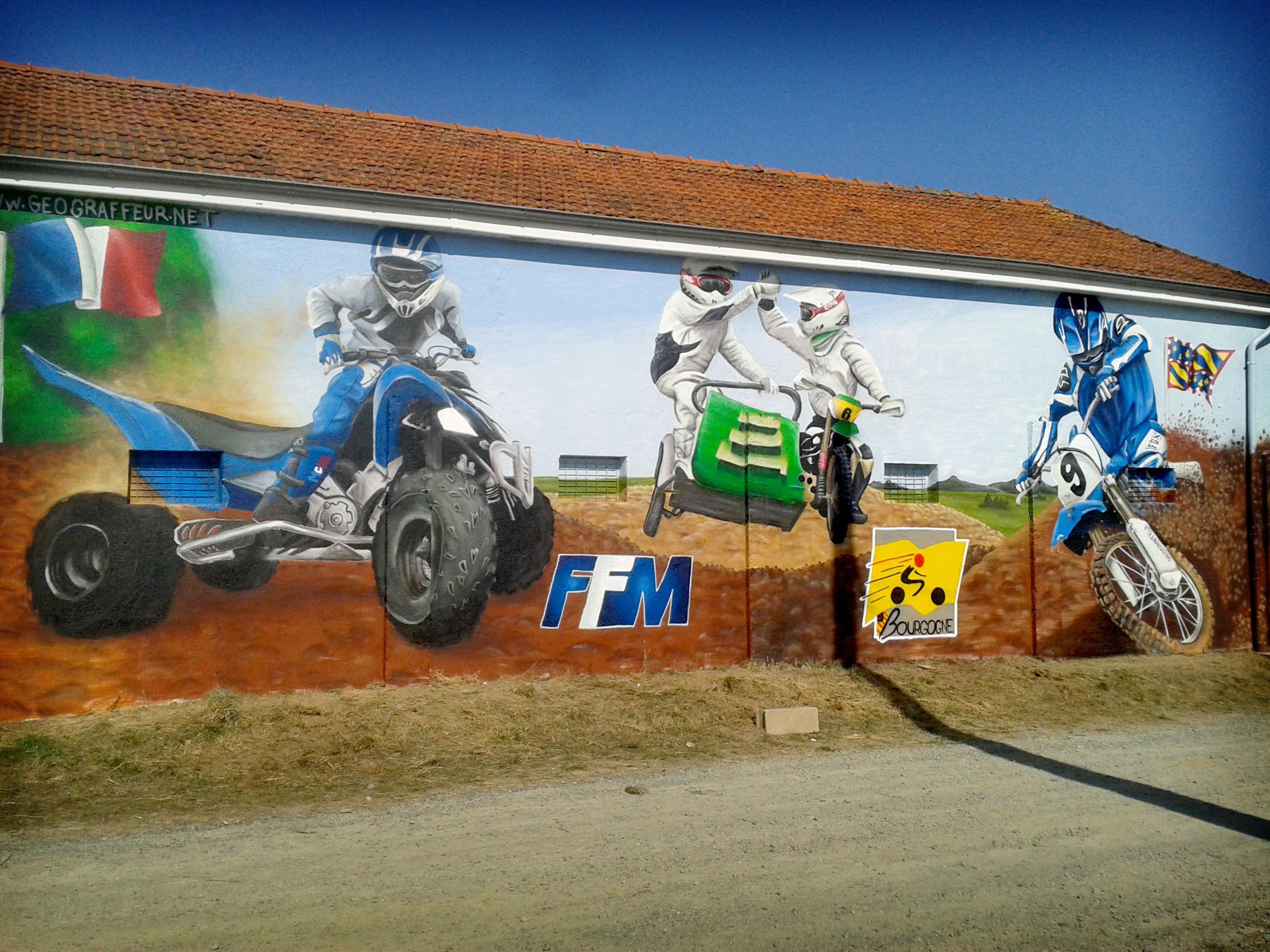 geograffeur-moto-decoration-graffiti-fresque-exterieur